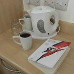 kettle for tea (Room)
