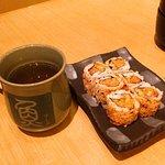 Ocha Hot + Tuna Sushi