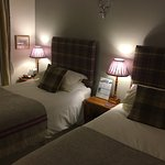 Wonderful views! Lovely clean room (Twin/double The Thistle room). Cosy guest lounge with books,