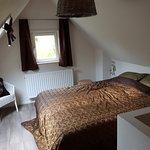 Bedroom (upstairs)