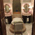 Maharaja Sawai Man Singh Suite Bathroom