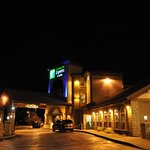 Photo of Holiday Inn Express Hotel & Suites Keystone