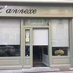 L'annexe du café Francais au cœur de Luxeuil les Bains vous accueil.