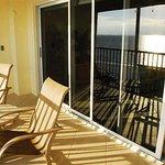 Bay To Beach Resort Foto