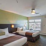 Premium Double Queen Bed Room