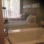 クインシー ホテル Image
