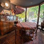 Φωτογραφία: Navavar & Jean-Paul Existential Cafe