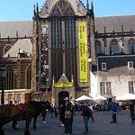 王宮外的廣場