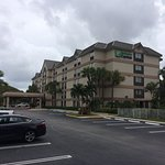 Holiday Inn Express and Suites Fort Lauderdale Executive Airport-bild