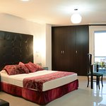 Photo of Hotel Calima Real