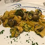Awesome Pasta with Clams and Zucchini