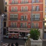 Fachada del Hotel Tribuna
