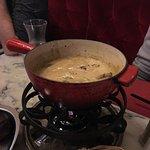 La fondue savoyarde aux cèpes pour deux personnes