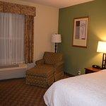 Photo de Hampton Inn & Suites Cashiers-Sapphire Valley