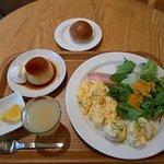 Free breakfast from Muji Cafe