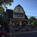 Foto de Manheim Manor Victorian Bed and Breakfast