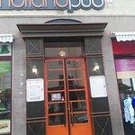 Holland Pub