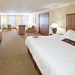 路易斯維爾皇冠假日飯店