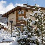 Hotel Flora Foto