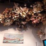 Instalação no teto de uma galeria