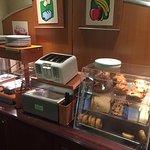 Photo de Evergreen Inn and Suites