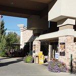 Photo of Wood River Inn & Suites