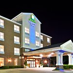 Photo of Holiday Inn Express & Suites Dallas-Addison