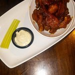 The BBQ wings (starter)