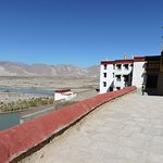 Partial view over the Yarlung Tsampo river