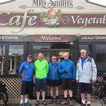 5 Men on Bikes from Wellington; on four day cyce tour on Great Taste Tasman Trail.