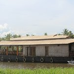Backwater Retreat One bed Room House Boat