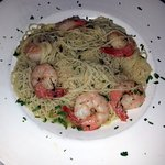 angel hair pasta with garlic & oil and shrimp