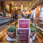 Foto van Farm Fresh Cafe