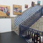 Escalier pour descendre dans l'espace bar + restauration