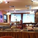 Hyggelig restaurant/morgenbord