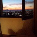 Soleil couchant, un spectacle depuis la fenêtre...