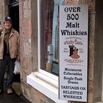 Quick stop at whisky castle, huge sortiment of good products