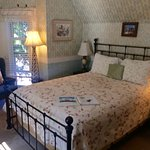 Photo de Dove Inn Bed and Breakfast