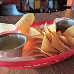 Chips/salsa
