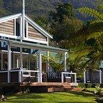 Raetihi Lodge lounge deck overlooking the water