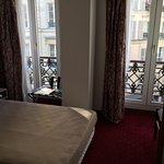 Photo de Hotel Royal Bergere