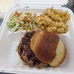 Smoked pulled pork on brioche bun, coleslaw & smoked mac & cheese