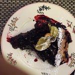 tarte aux myrtilles (un peu destroy mais super bonne !!)
