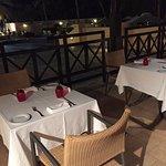 Photo de Tomato Restaurant