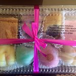 One of the variety packs you can purchase. Flavors include, peach, taro, peanut butter, & chocol