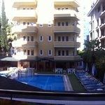Gold Twins Suit Hotel Foto
