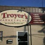 Troyer's Deli