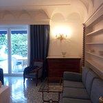 Photo de Hotel 'A Pazziella