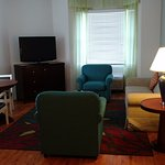 Room 426, Living area