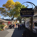 Kitchen Kettle Village Cafe